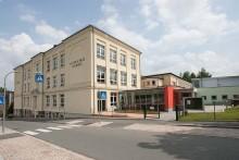 Grundschule, Kindertagesstätte und Turnhalle Leubnitz